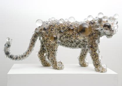 日本藝術家-Kohei Nawa的展出作品之一