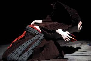 2009《觀》(無垢舞蹈劇場提供)